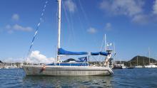Via 36' : At anchor in Le Marin